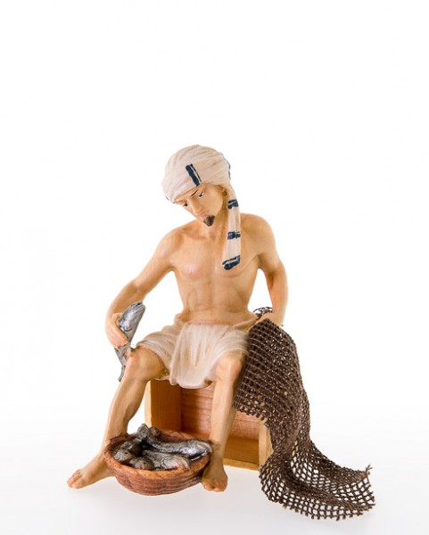 Fischer sitzend auf Holzkiste Nr. 229
