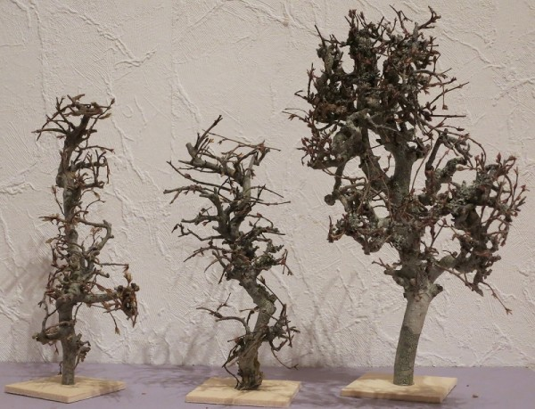 Minibaum montiert auf Grundplatte