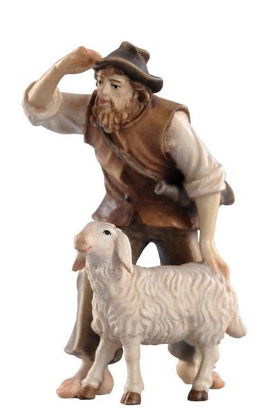 Hirt stehend mit Schaf Nr. 35