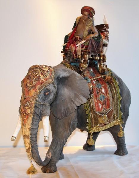 Elefant mit reitendem Edelmann von Angela TRIPI für 30 cm Figuren
