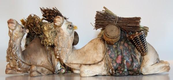 Kamel liegend Extra