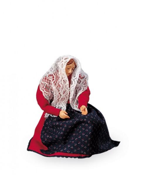 Maria mit offenen Haenden auf Hocker Nr. 02B